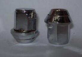 Porca Cromada Escort XR3 com arruela Vinhepar ( Pacote com 16 )